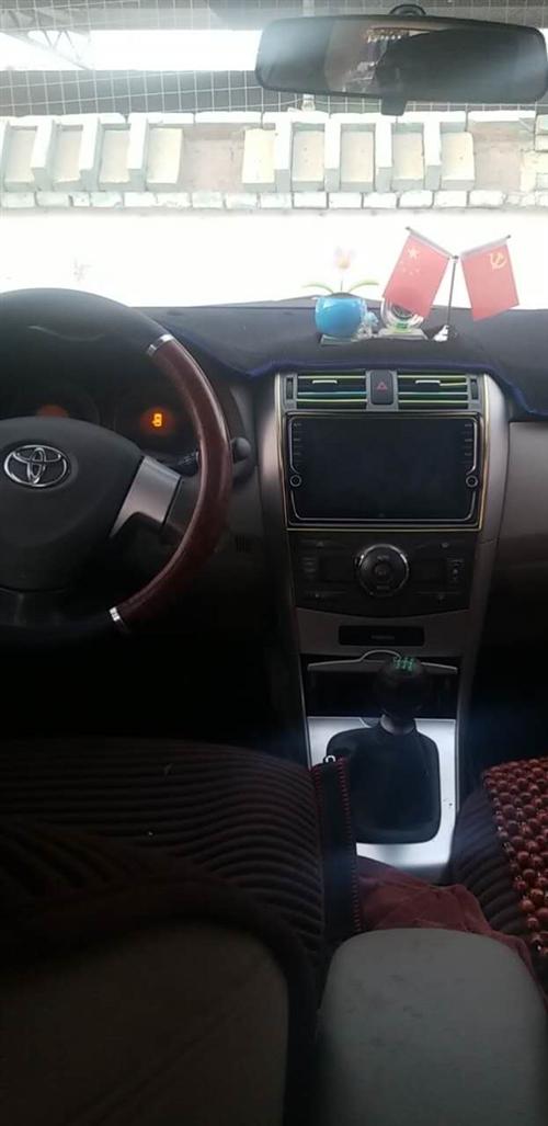 2009款卡羅拉。手動六速。高配電動座椅帶天窗