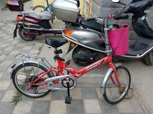 出售小变速自行车。质量好。本人体重140斤骑着没问题。