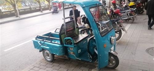 出售一台72付电动三轮车一台  车骑了几个月     需要的电话联系13551966388