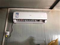 海尔 大1.5匹 变频冷暖空调,遥控器带一键自动清洁功能,有14套。2020年五月份安装,只用了4个...