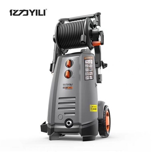 億力高壓洗車機3000w180公斤壓力 10月買的,洗了不到50輛車,準新機可以來試