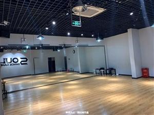 灵动舞蹈培训学校